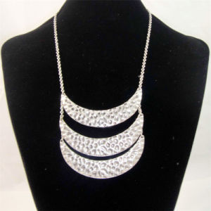 New Item Hammered Zinc Pendant Fashion Jewellery Necklace pictures & photos