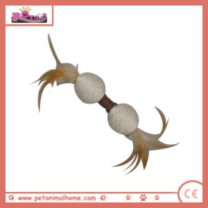 Two Connected Cat Playing Sisal Ball with Feathers pictures & photos