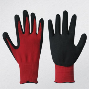 13G Nylon Liner Rough Foam Nitrile Coated Glove (5048) pictures & photos