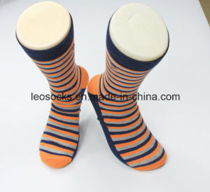 Wholesale High Quality Cotton Mens Dress Socks pictures & photos