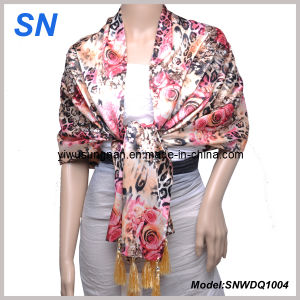 2-14 Fashion Lady′s Satin Sequare Scarf pictures & photos
