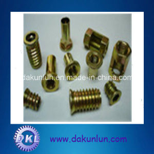 Yellow Zinc Plated Wooden Furniture Nut or Insert Nut