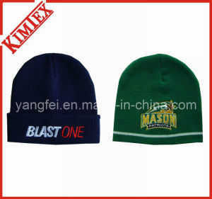 100% Acrylic Fashion Embroidery Reversible Beanies pictures & photos