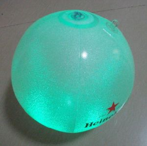 2017 New Design OEM Inflatable LED Beach Ball pictures & photos