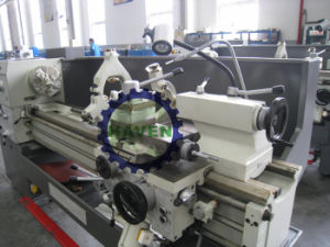 Economic Universal Horizontal Manual Lathe Machine with good quality pictures & photos