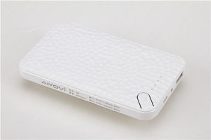 Super Slim Mobile Rechargeable Power Bank Manual for iPhone, Xiaomi, Huawei pictures & photos