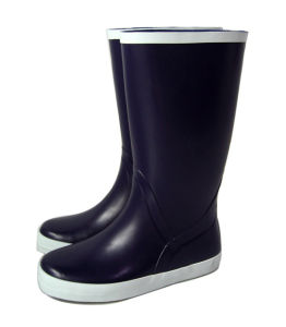 Marine Boots with Anti Slide Outsole pictures & photos