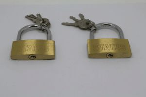 40mm Thin Type Brass Padlock Package W/Color Box (CBL414) pictures & photos