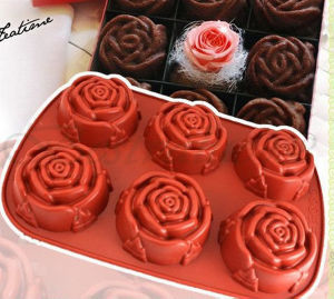 OEM Rem Red Rose Shape Silicone Cake Molds pictures & photos