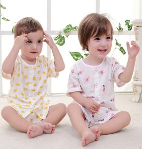 New Fashion Kids Clothes Short Sleeve Suit Children Apparel Baby Wear pictures & photos