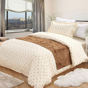 4pieces White Full Cotton Hotel Use Stain Print Bedding Sets pictures & photos