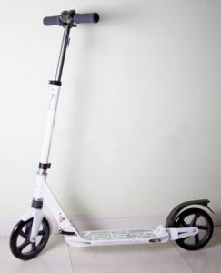Cheap Price Kids High Quality Scooter pictures & photos