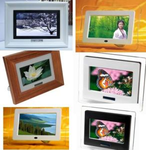 Digital Photo Frame 7 inch (D5-070x)