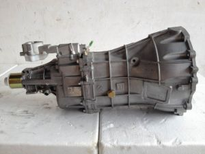 High Quality Auto Parts D-Max Oil Engine Gearbox pictures & photos