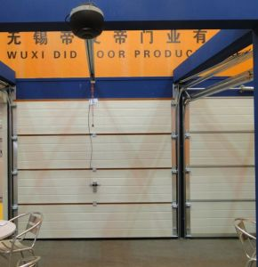 Sectional / Automatic / Overhead Garage Door pictures & photos