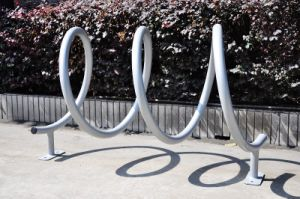 Green Powder Coated Outdoor Bike Rack Manufacturer Bike Rack pictures & photos