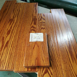 Red Oak Flooring / Oak Wood Flooring with 22mm Thickness pictures & photos