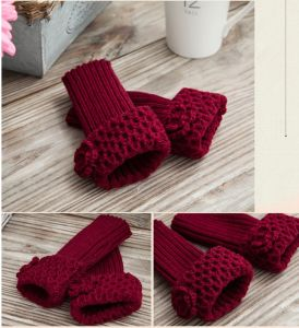 Hot-Selling Customed New Design Acrylic Knitted Mitten Gloves pictures & photos