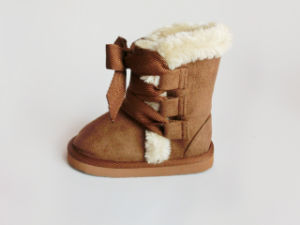 Child′s Hot Sale Warm Winter Soft Snow Boys Boots pictures & photos