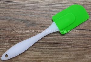 Popular Heat Protection Silicone Baking Tool Spatula Ss21 (L) pictures & photos