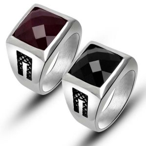 Stainless Jewellery Men′s Ring Simple Vintage Black & Red Color pictures & photos