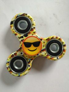 Cute Emoji Smiling Face Fidget Hand Spinner Stress Relief Toy pictures & photos
