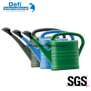 Plastic Watering Can for Garden pictures & photos