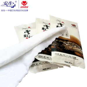 Free Sample Hotel Refreshing Wet Towel Disposable Refresher Towels pictures & photos