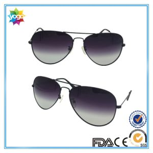 Popular Sales Tac Lenses Driving Titanium Metal Sunglass for Man pictures & photos