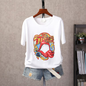 High Quality Cartoon Printed Cotton Round Collar Short Sleeve T-Shirt pictures & photos