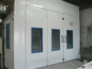 Advance Technology Industrial Painting Booth (BTD7500) pictures & photos