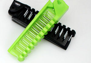 Colorful Plastic Comb for Five Star Hotel pictures & photos