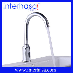 Automatic Cold and Hot Faucet with Waterfall Spout pictures & photos