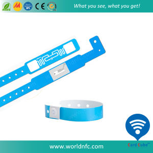 Factory Price One Time Disposable Paper Soft PVC Paper Ntag213 RFID Wristband Bracelet pictures & photos