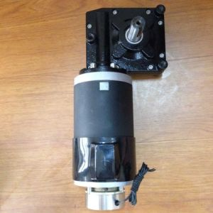 DC Worm Gear Motor for Elevator pictures & photos