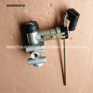 4640060020 Leveling Valve Use for Renault pictures & photos