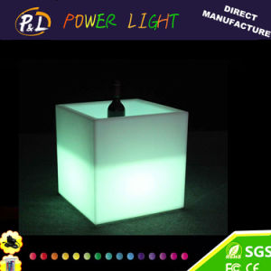 Bar Furniture Plastic Glowing Square LED Ice Bucket pictures & photos