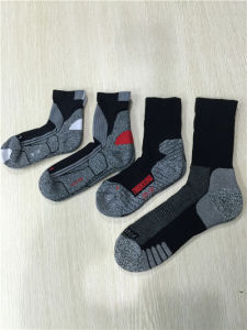 Half Cushion Poly Outdoor Sport Long Socks pictures & photos