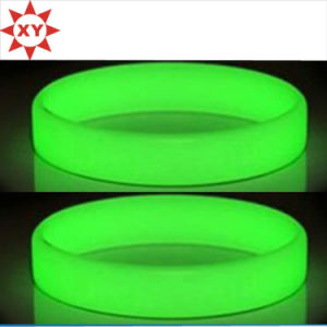 Silicone Fluorescent Light Wristbands Bracelets Party Accessories pictures & photos