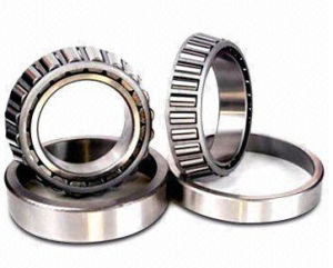 Made in Sweden SKF Spherical Roller Bearing 22215 Cck/C3w33 pictures & photos