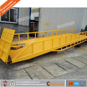 High Quality 6-10t Hydraulic Warehouse Loading Ramp Mobile Yard Ramp Container Dock Ramp pictures & photos