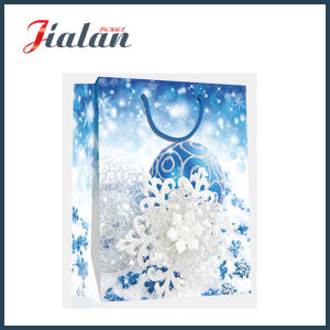 Wholesale 4c Printed Christmas Shopping Carrier Gift Paper Bags pictures & photos