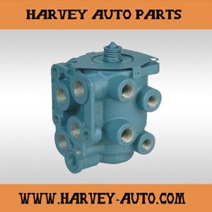 Hv-B22 E7 Dual Circuit Brake Valve (283 301) pictures & photos