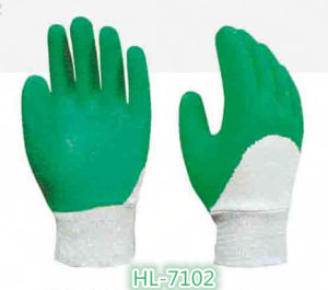 Cotton Jersey Latex Wave Crinkle Glove with Green Color pictures & photos