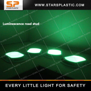 Fluorescence Marker, Plastic Reflective Road Stud for Traffic Safety pictures & photos