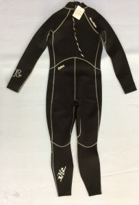 Men′s 2/3mm Neoprene Long Sleeve Wetsuit (HX-L0023) pictures & photos