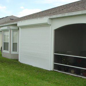 Automatic Aluminum Security Roller Garage Door pictures & photos