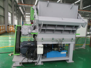 European Standard Single Shaft Shredder for Shredding PP Bags pictures & photos