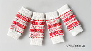 Design Knitting Dog Socks Snowflakes Pet Leg Warm Wear pictures & photos