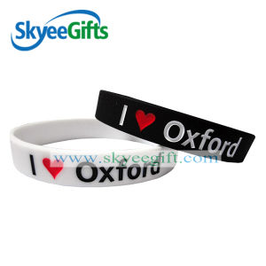 Customized Logo Debossed Ink Silicone Bracelet for Promotion pictures & photos